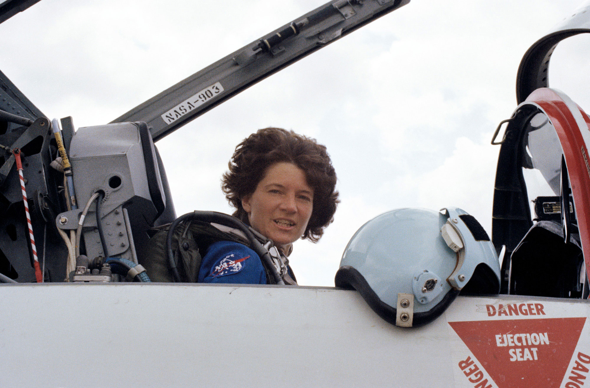 RIP Dr. Sally Ride - Wing Commander CIC