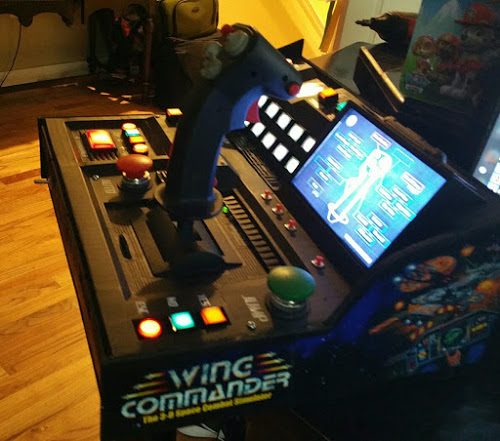 Custom Wing Commander Controller Stuns Wing Commander Cic