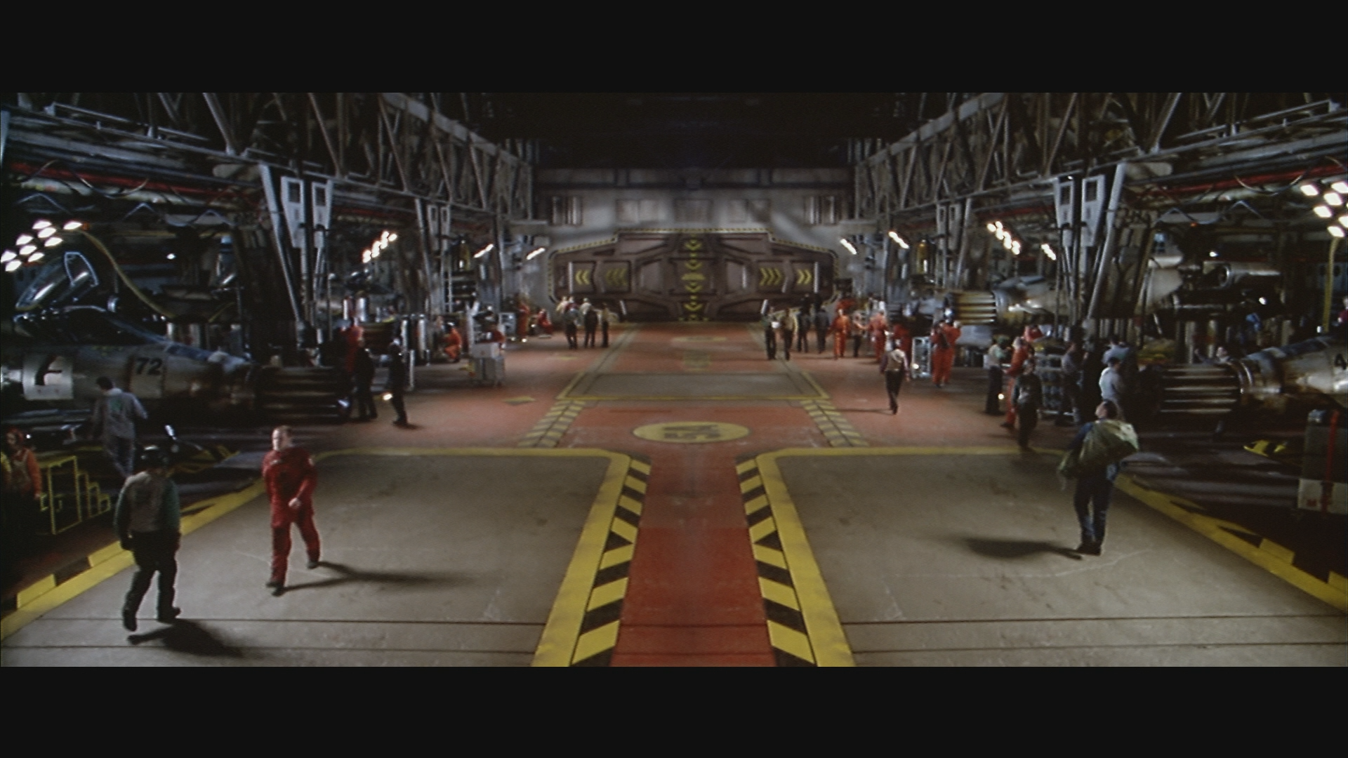 Wing commander movie image comparisons wing commander cic for Wing commander